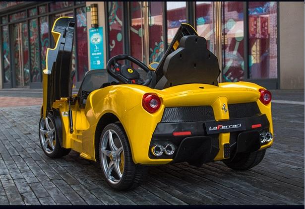 xe-o-to-dien-cho-be-ferrari-82700-yellow-1