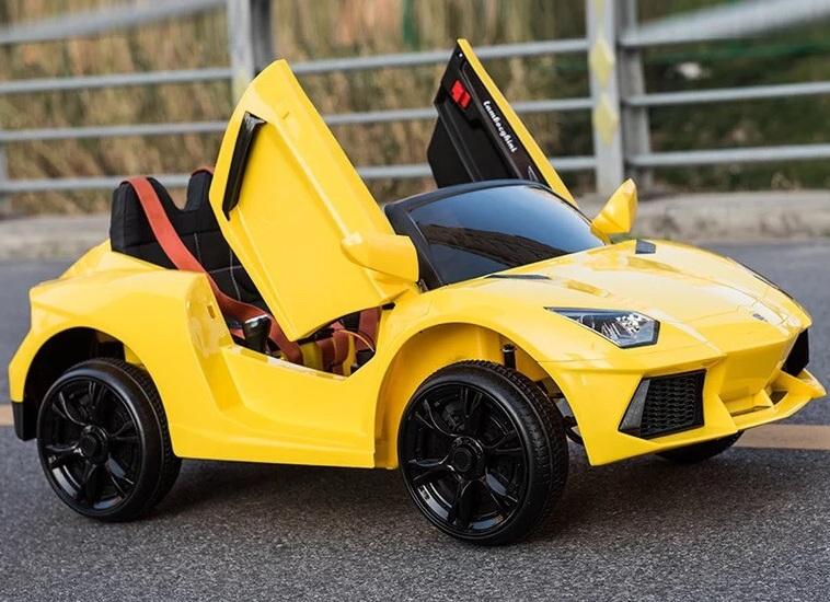 xe-oto-dien-tre-em-Lamborghini-BBH-718-yellow