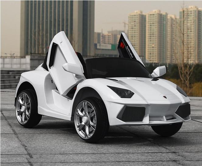 xe-oto-dien-tre-em-Lamborghini-BBH-718-white