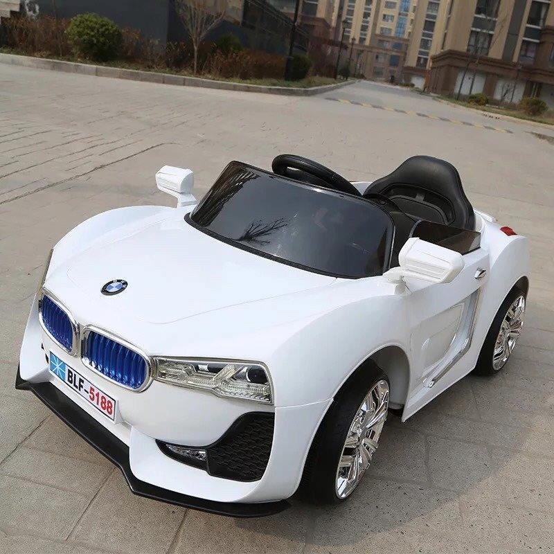 xe-oto-dien-tre-em-blf-5188-white