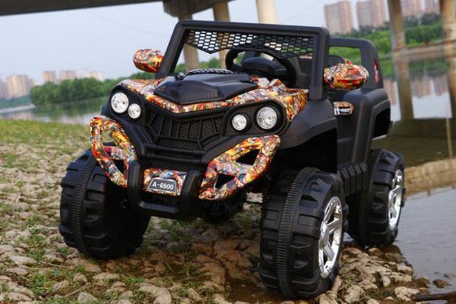 Xe ô tô điện trẻ em Jeep A6500 bánh xe to khỏe