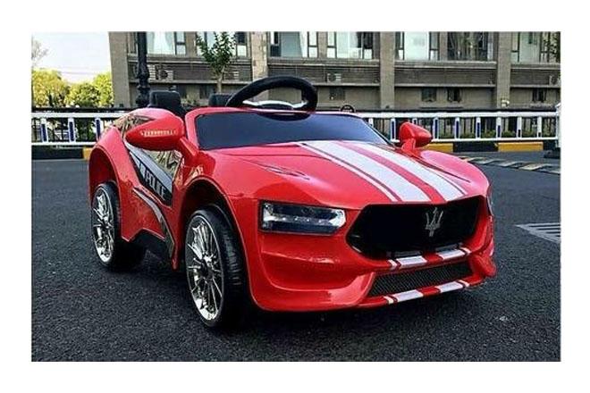 Xe ô tô điện trẻ em KL-1888 màu đỏ