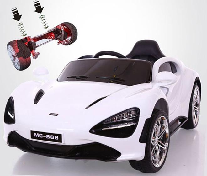 Xe ô tô điện MG-868 hệ thống phuộc nhún bánh sau