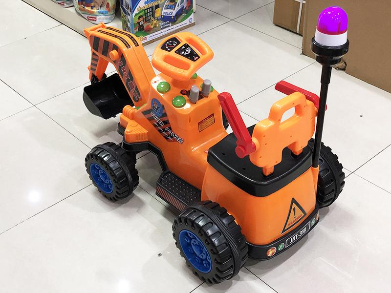Xe cần cẩu máy xúc điện trẻ em JRT-318 ghế ngồi có lưng tựa