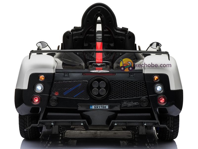 Xe điện cho bé Pagani SX-1788 với cụm đèn LED sau