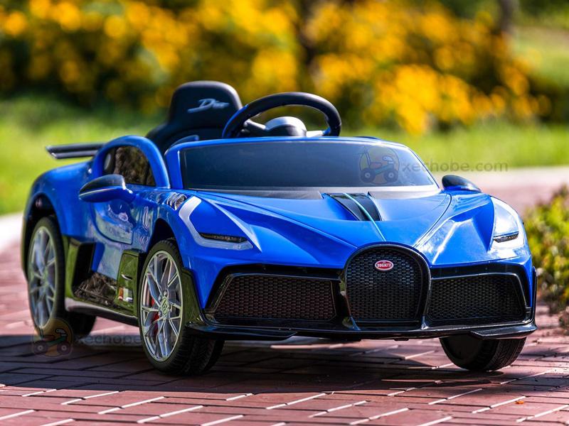 Xe ô tô cho bé Bugatti Divo HL-338 màu Xanh