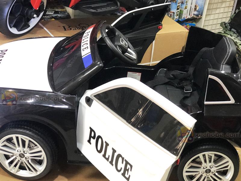 Ô to điện cảnh sát S-305 với ghế nệm da rộng rãi