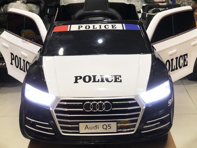 Xe ô tô điện cảnh sát trẻ em S-305 với 2 cửa mở ngang tiện lợi