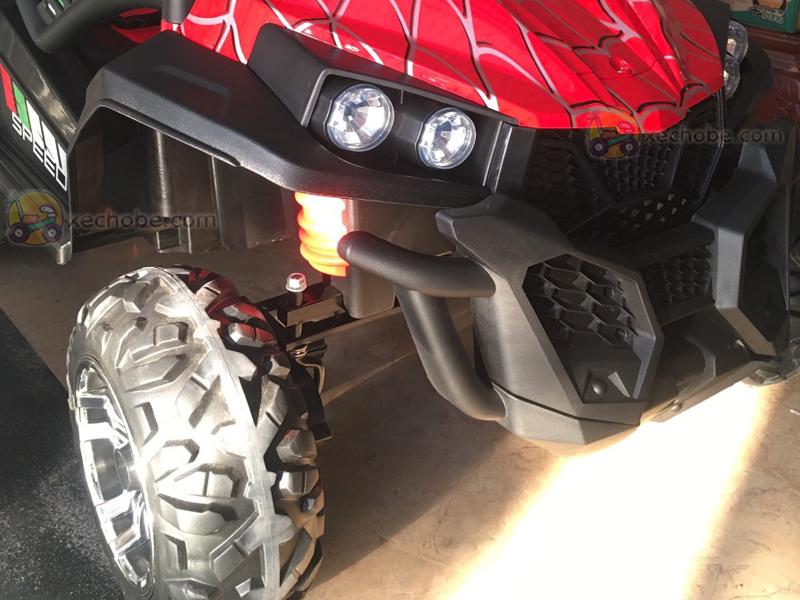 Xe ô tô điện trẻ em S-2799 với bánh cao su non siêu bền